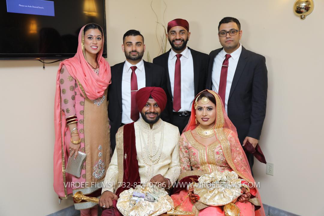 WEDDING  (989)