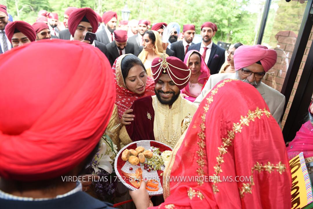 WEDDING  (564)