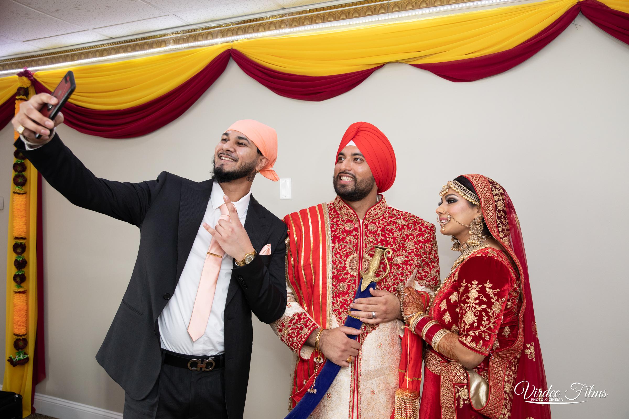 WEDDING (713)