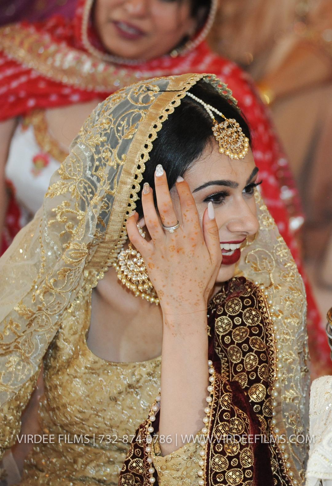 WEDDING  (900)