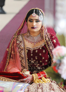 LOVE WEDDING  (848)