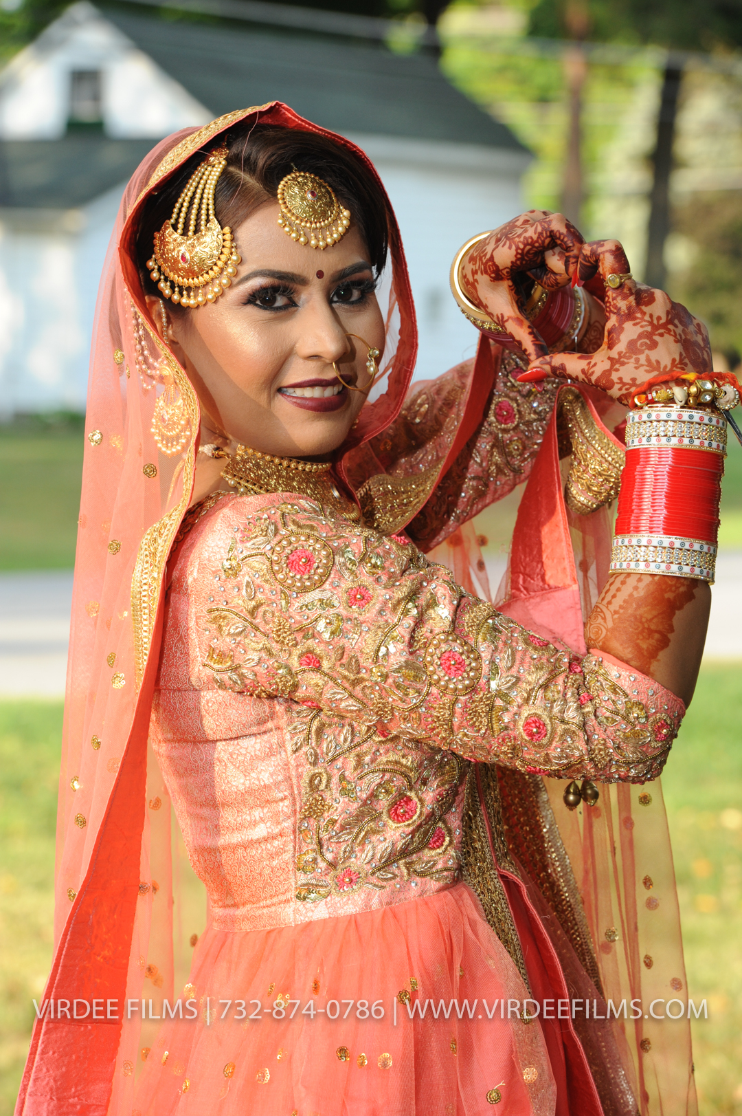 WEDDING  (211)