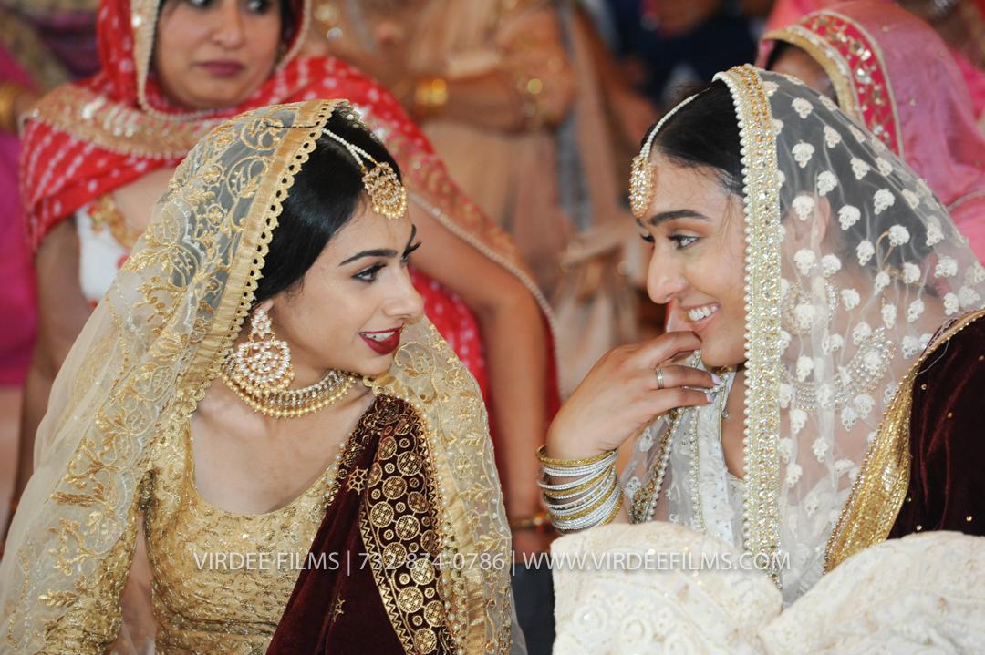 WEDDING  (899)