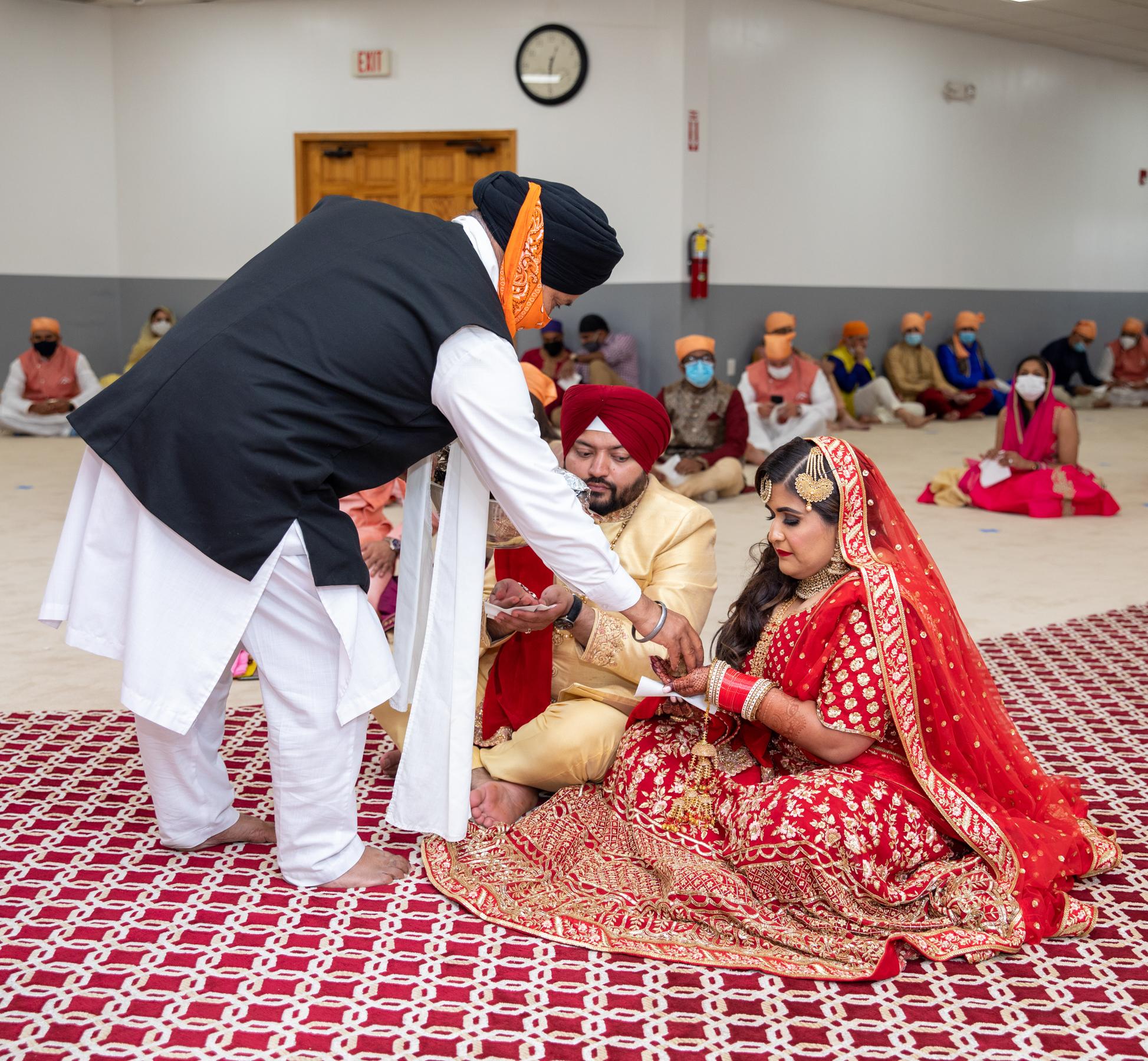WEDDING  (582)