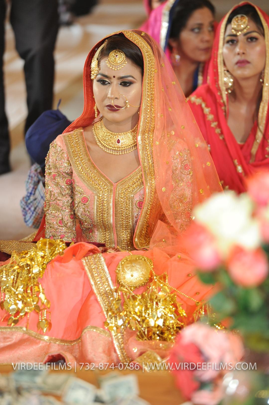 WEDDING  (798)