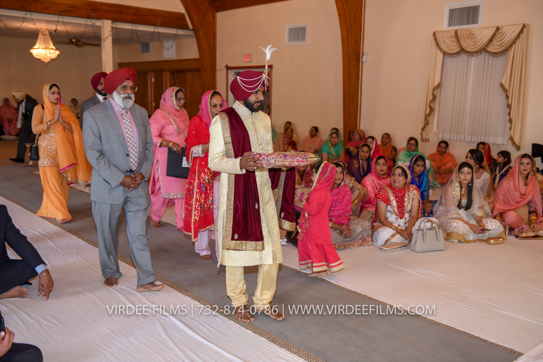 WEDDING  (610)