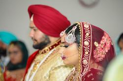 LOVE WEDDING  (922)