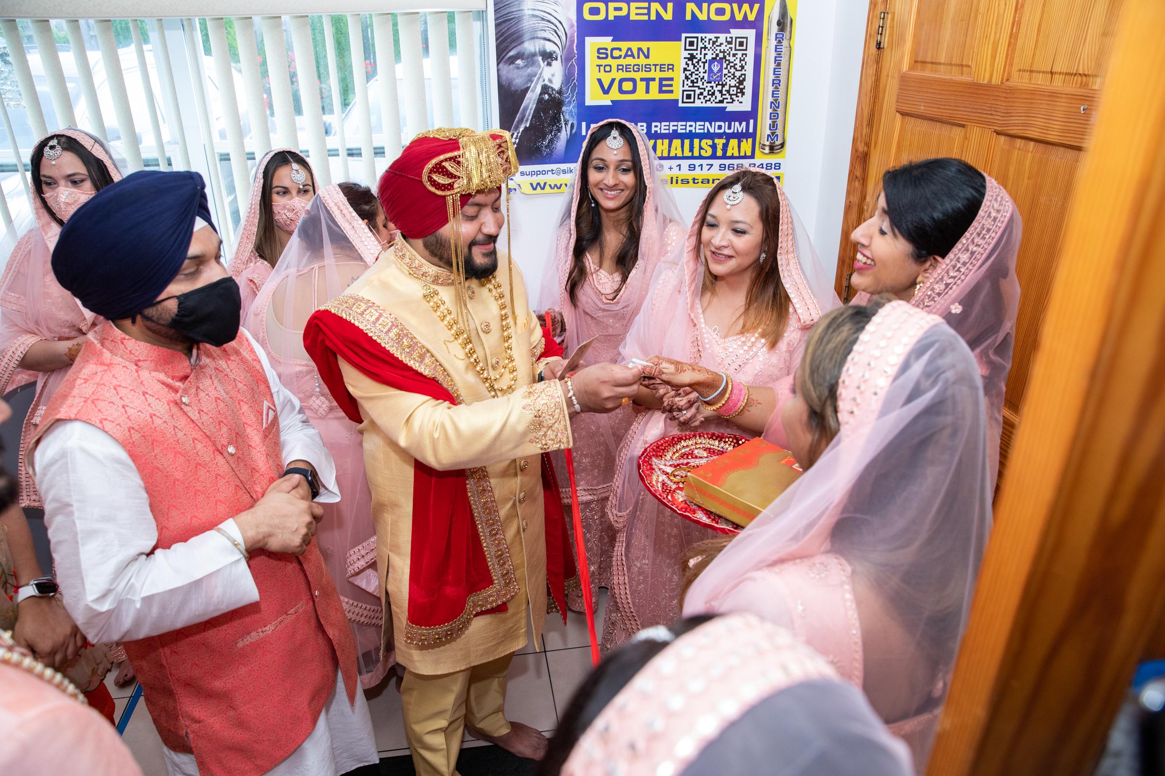 WEDDING  (353)