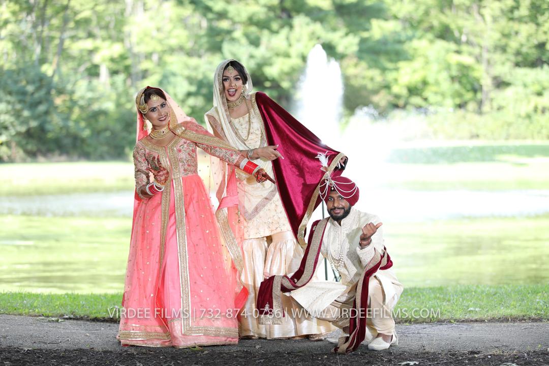 WEDDING  (1105)