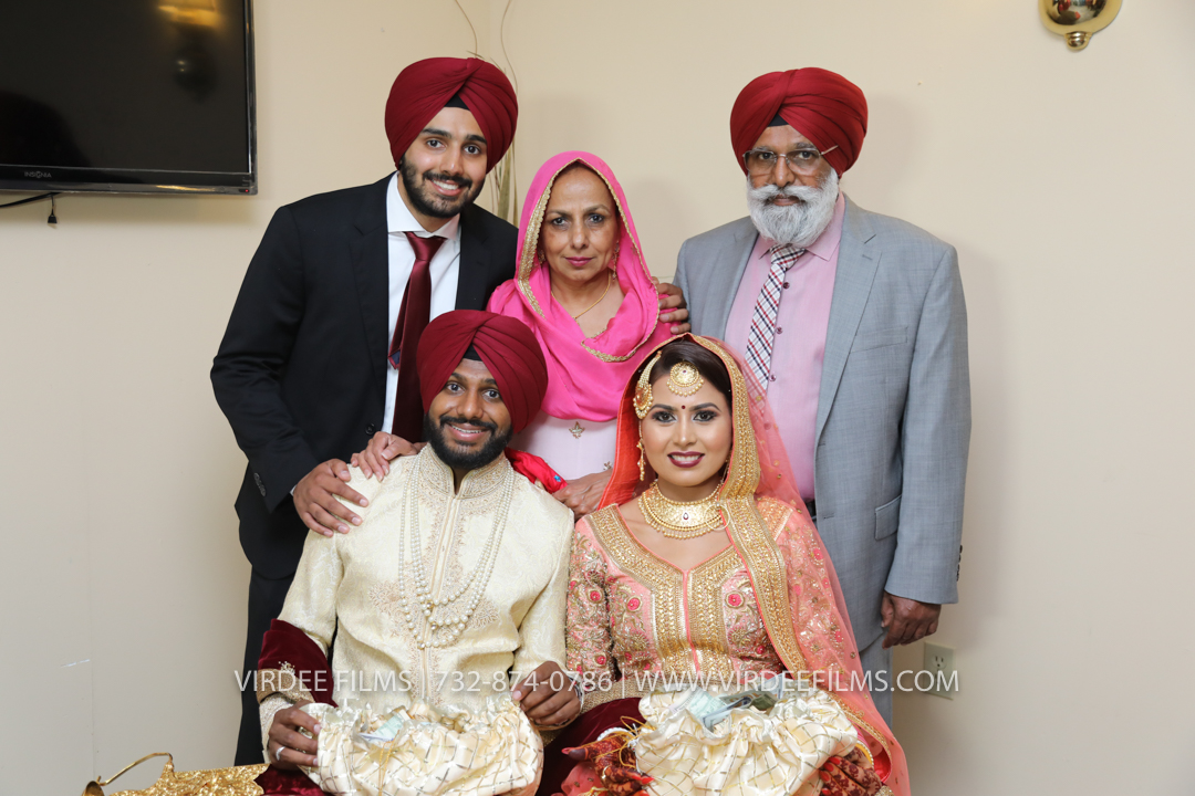 WEDDING  (1020)