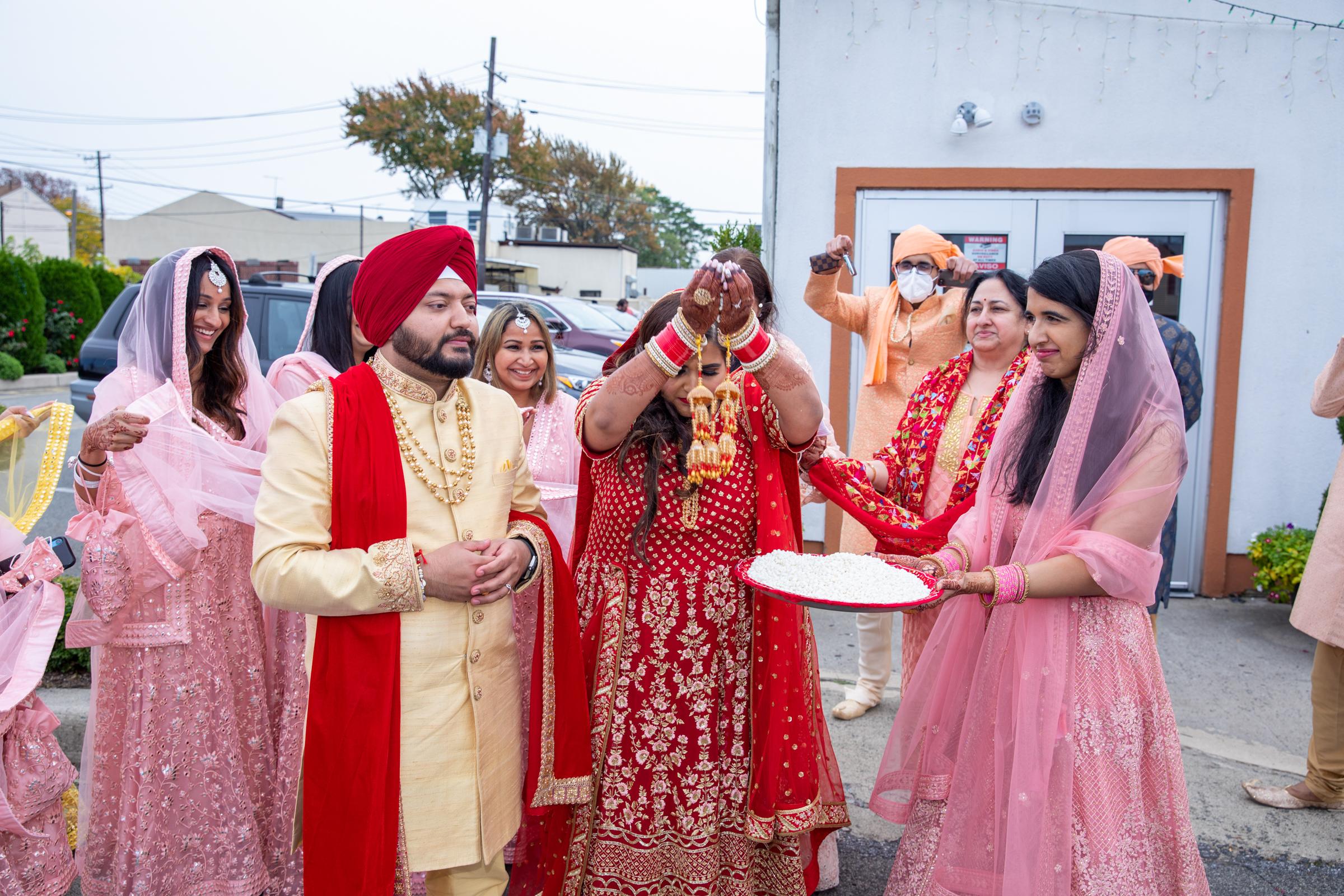 WEDDING  (655)