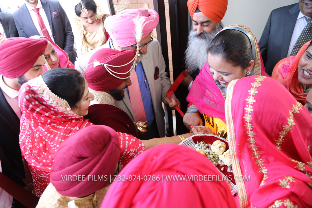 WEDDING  (568)
