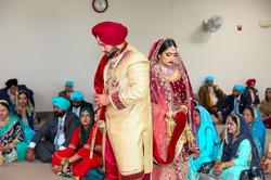 LOVE WEDDING  (780)