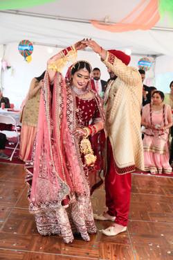 LOVE WEDDING  (1155)