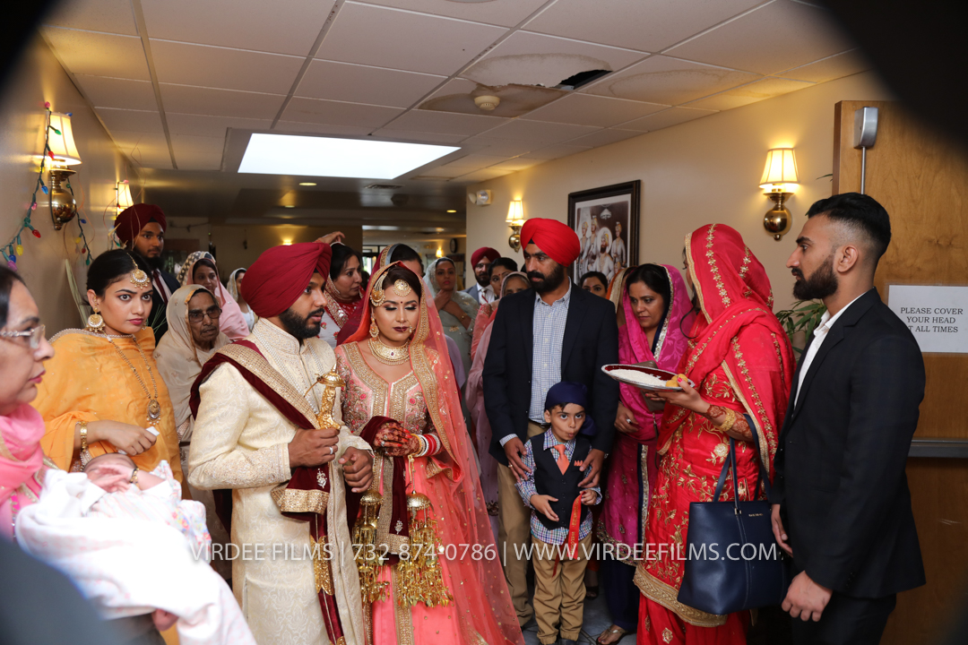 WEDDING  (1054)