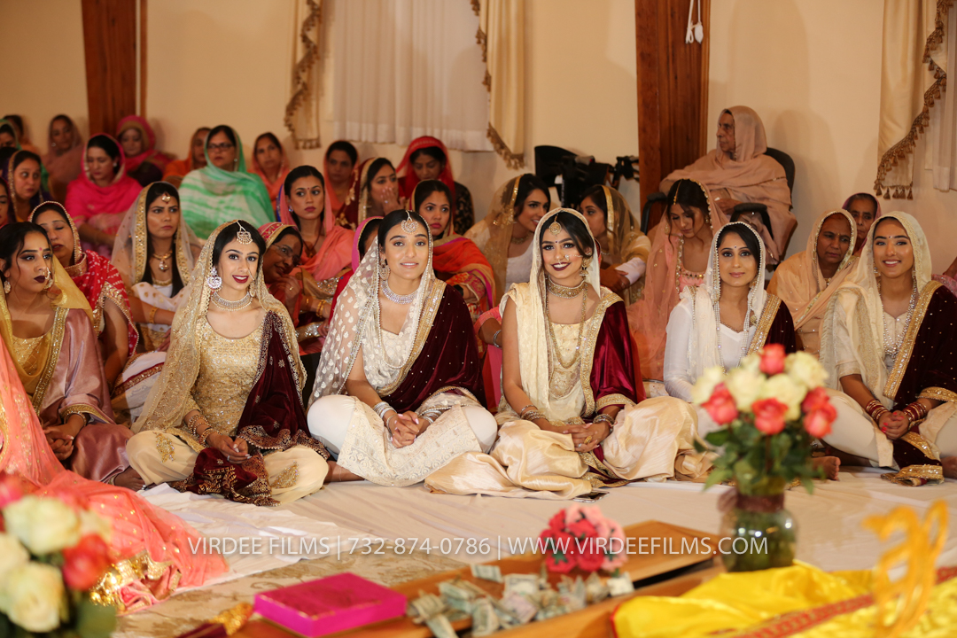 WEDDING  (823)