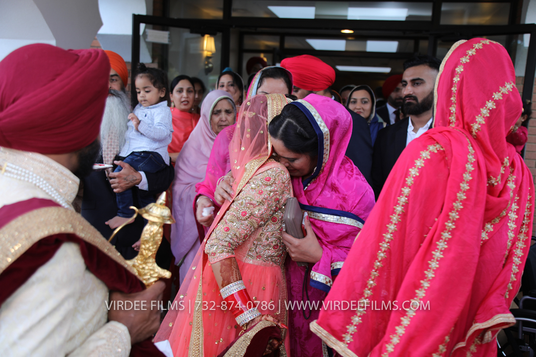WEDDING  (1063)