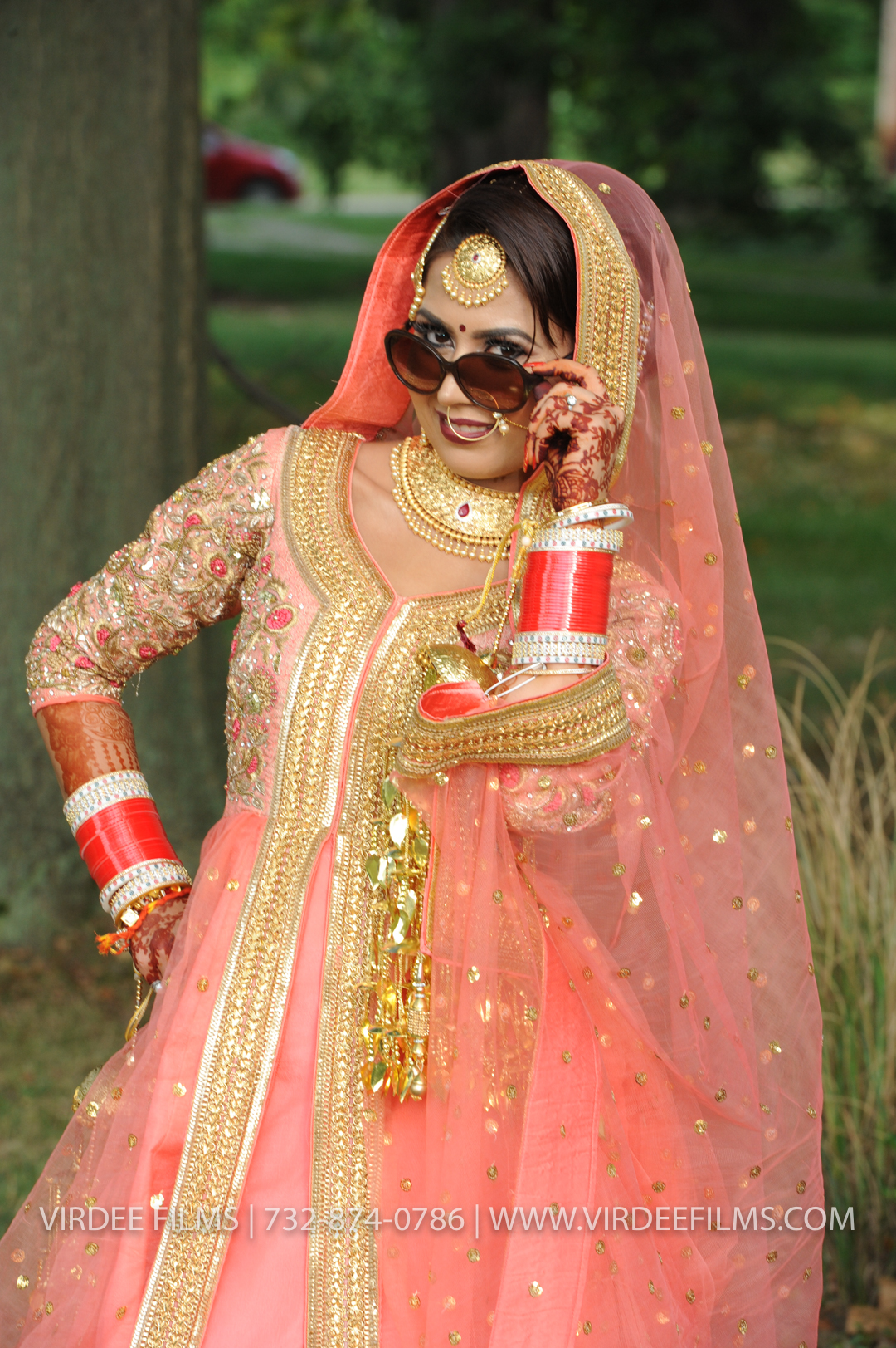 WEDDING  (255)