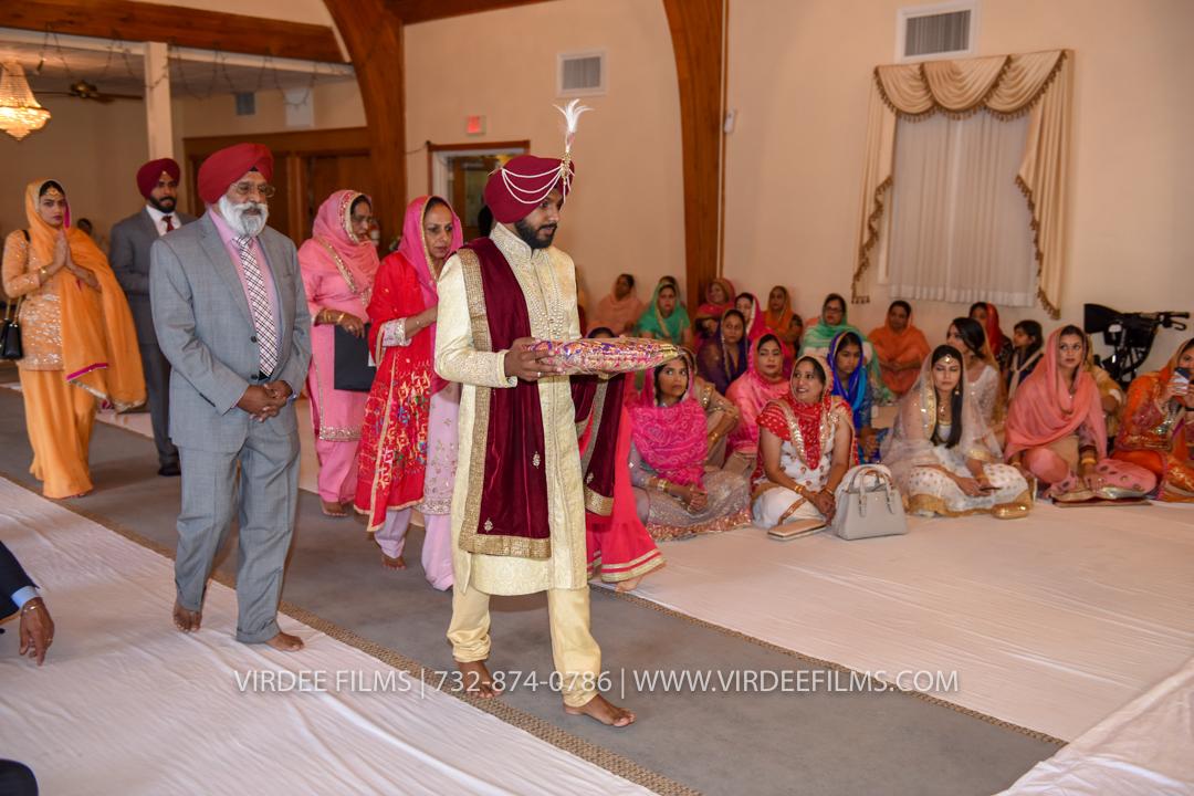 WEDDING  (612)