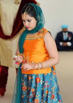 LOVE WEDDING  (590)