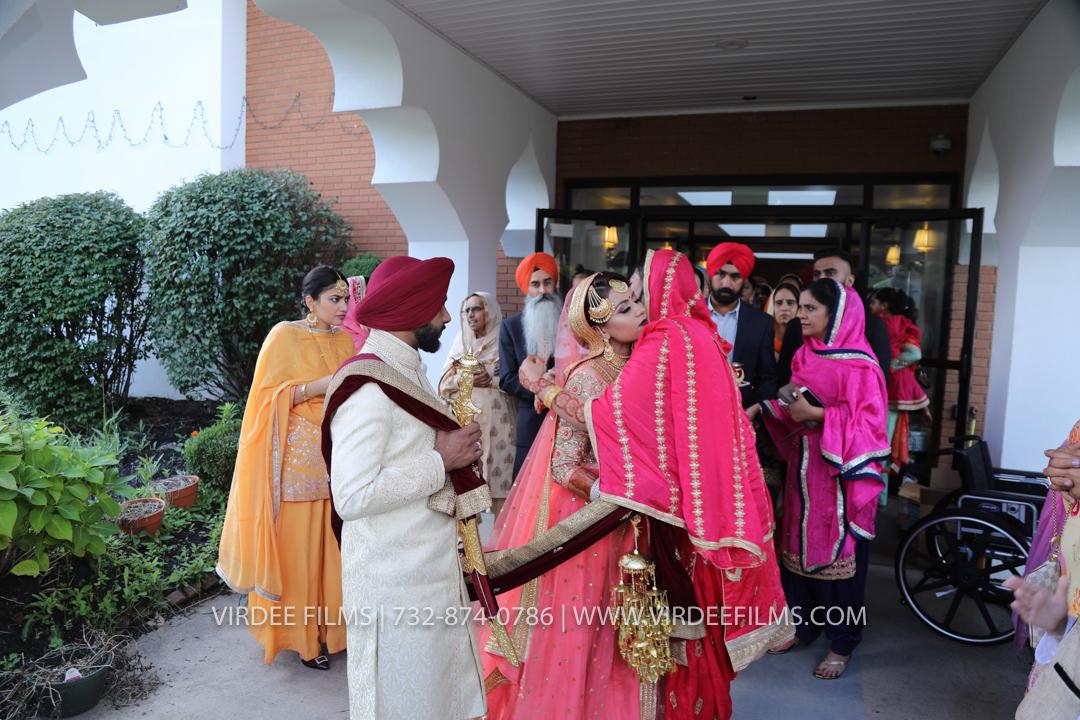 WEDDING  (1060)