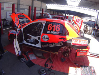 ¿Cómo preparar un auto para rally?