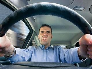 ¿Porque el carro tiembla al arrancar?