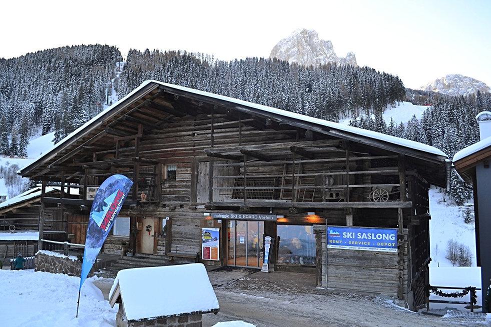 Ski Rental Saslong