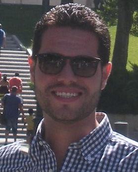 Miguel Herrera: Announcer-Locutor