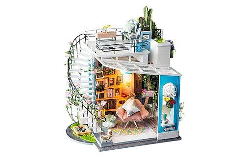 DIY Dora's loft