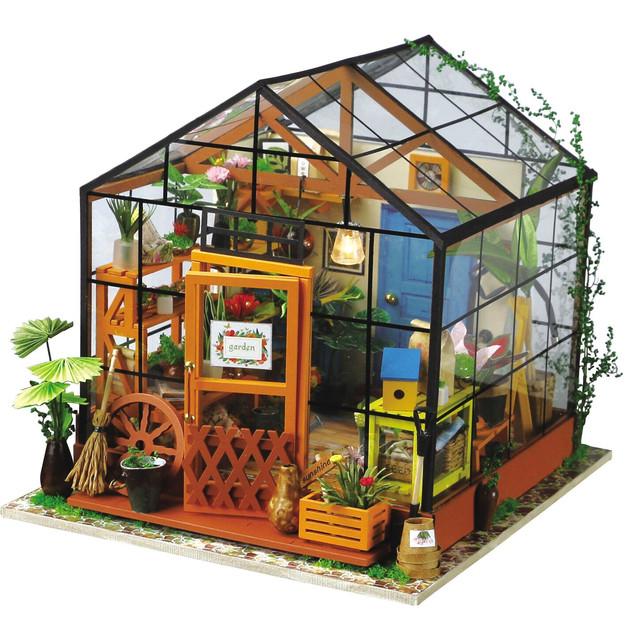 DG104-DIY-house-kathy-green-house.jpeg