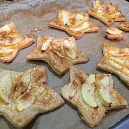 Recipes for little bakers: Apple puff tarts