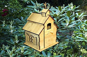 This birdhouse is cut with the laser engraver/cutter.