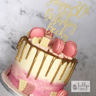 Pink and Gold Buttercream Cake