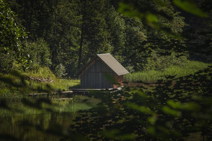 Hut | Leopoldsteiner Lake