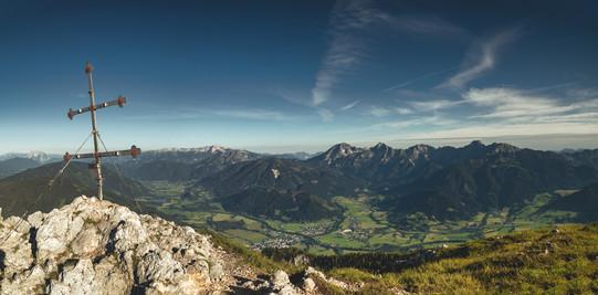 Mount Kreuzkogel & North View to Admonter Basin