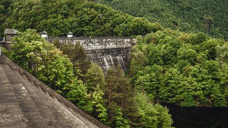 Urft Dam in Green Eifel Hell