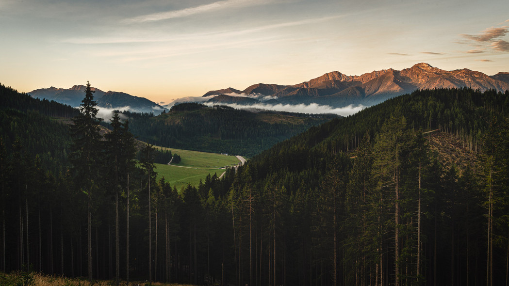 Kaiserau and Triebener Tauern