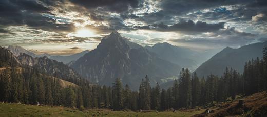 Sunrise above Ödstein