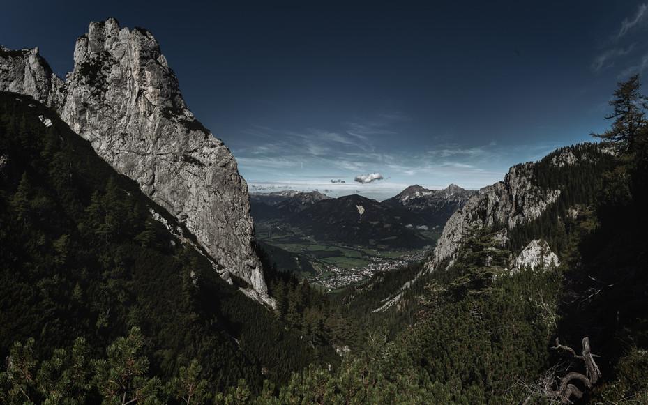 Hahnstein Mountain