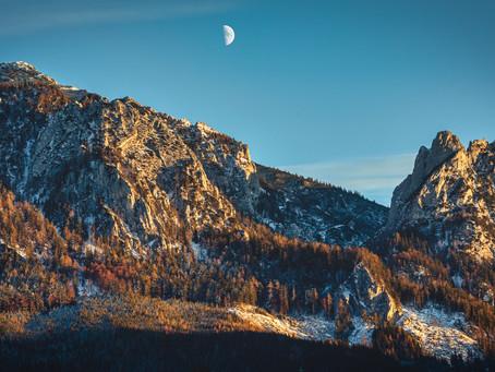 Sunset meets Moonrise