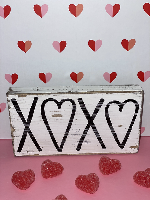 XOXO Wooden Sign