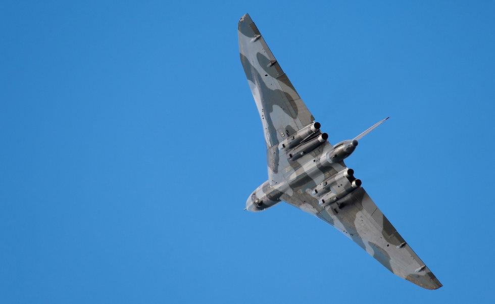 Avro-Vulcan-XH558_edited_edited.jpg
