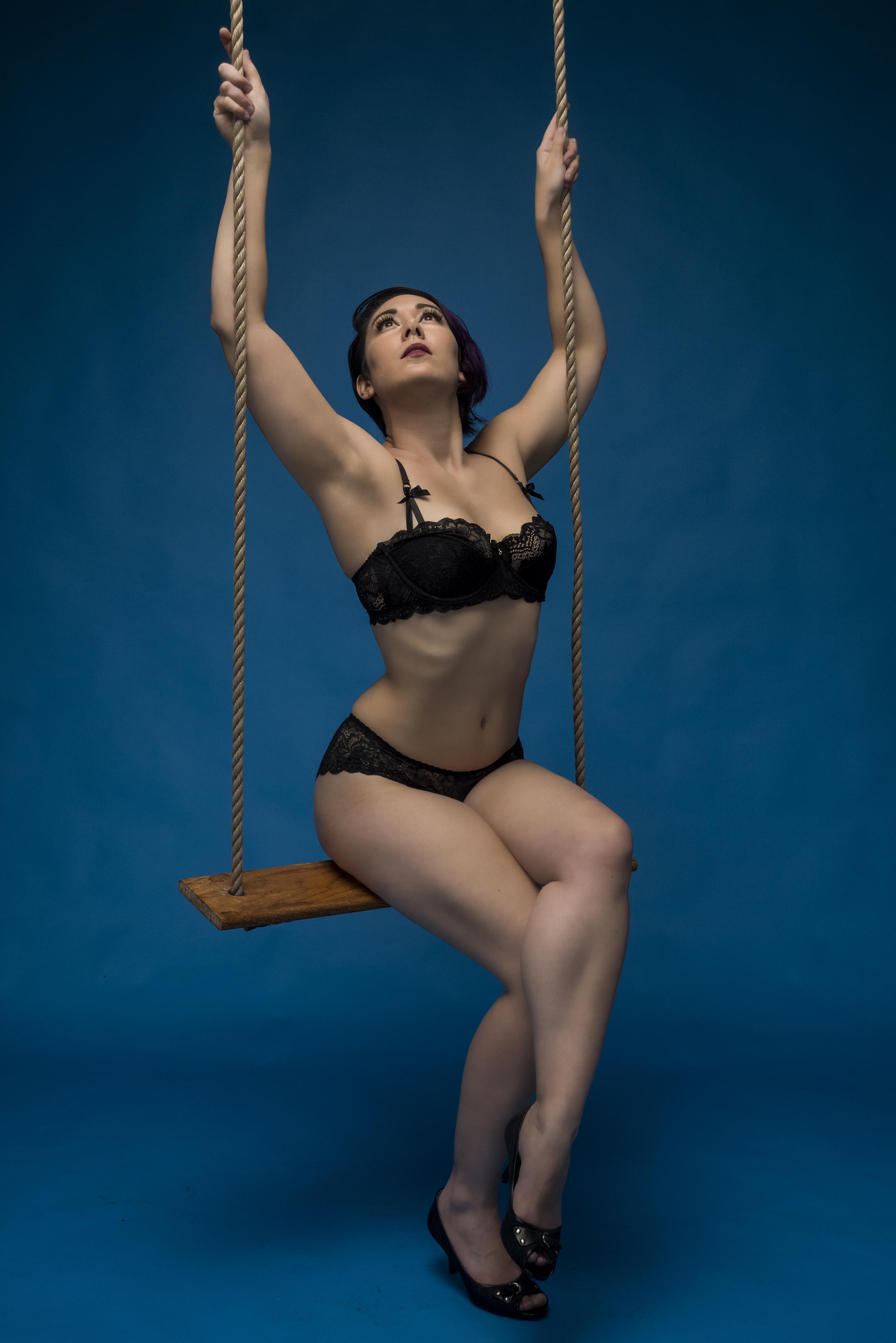 Boudoir Swing