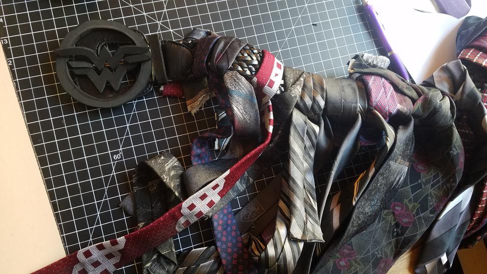 Skirt Tie