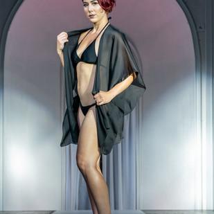 Carlet Edmonds Runway Fashion Model