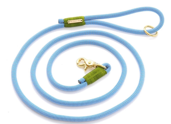 Tahoe Climbing Rope Dog Leash blue and white rope with light green accents, Nylon is lightweight, weatherproof