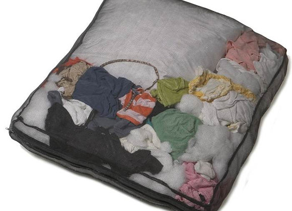 Stuff sack, 100% nylon, zippered, perfect stuffing for your pup's bed