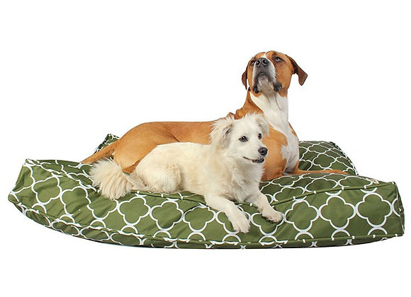 Indoor/Outdoor dog duvet cover in green grass pattern, water resistant, polyester