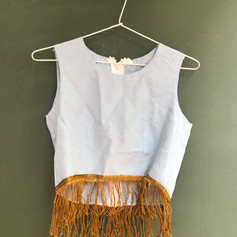 Top cropped odalisca